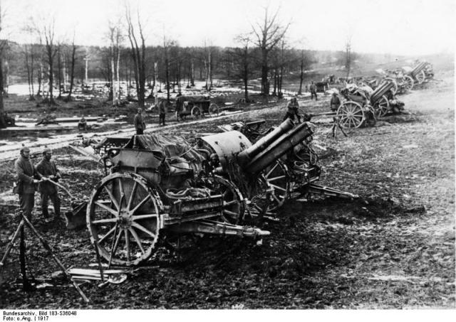 15cm howitzers at Arras