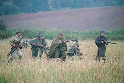 A ragged band advance during the Brusilov offensive